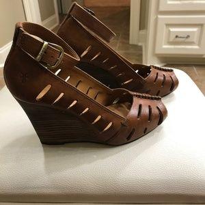 Frye Gwen Ankle Strap Peeptoe Wedge Sandal